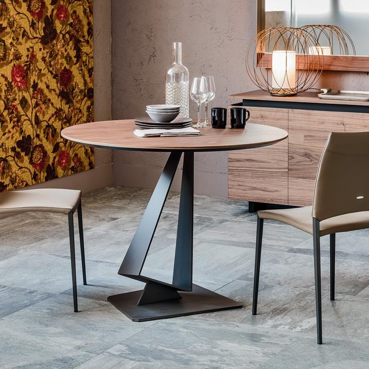 Tavolo roger di cattelan italia tavoli for Rb arredamenti