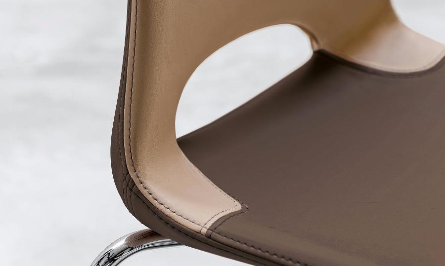Sedia katia di riflessi sedie for Katia arredamenti