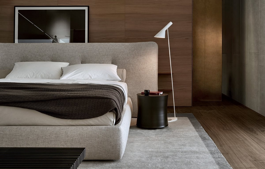 Rever Bed By Poliform Beds