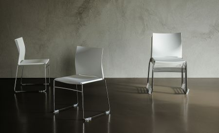 Chair Easy by CATTELAN ITALIA