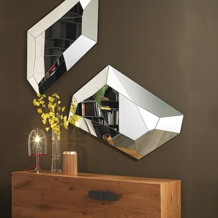 Diamond mirror by CATTELAN ITALIA