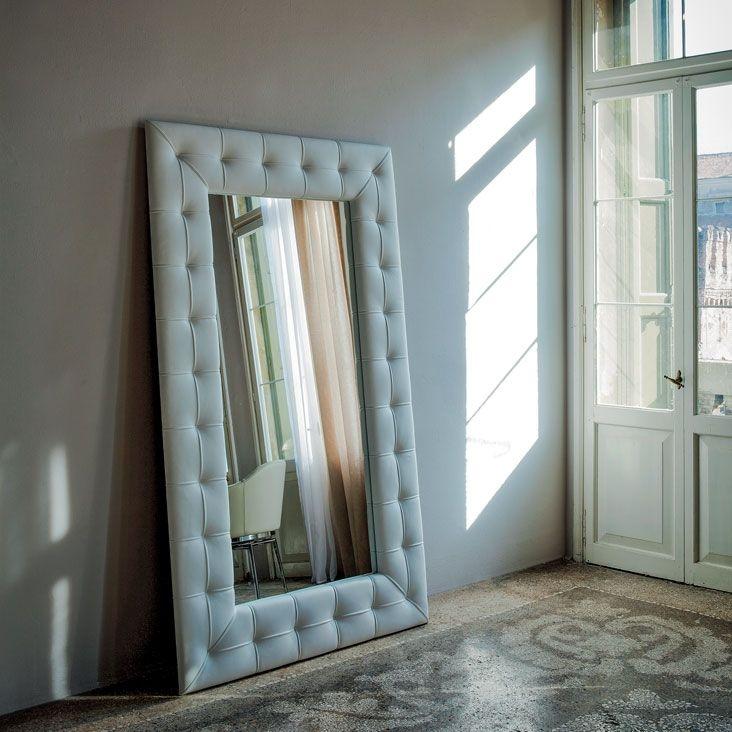 Specchio Pashà di CATTELAN ITALIA