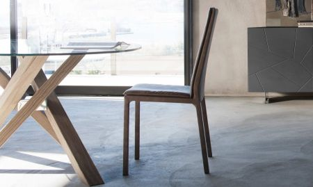 Sveva chair by RIFLESSI