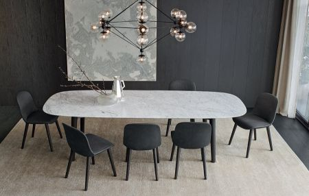 Mad Dining Table di POLIFORM