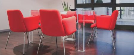 Tavolino Invisible Table di KARTELL