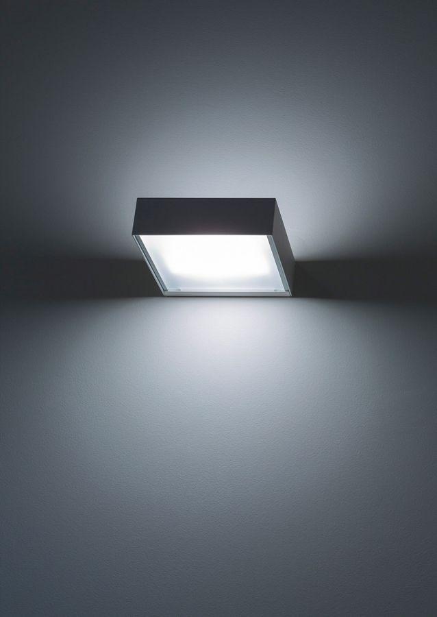 Lamp Toast by DAVIDE GROPPI