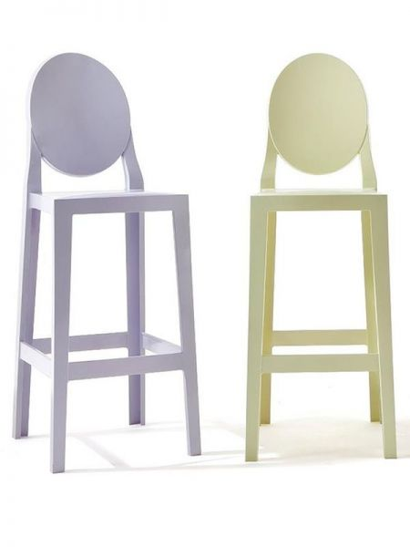 One More tabouret de Kartell