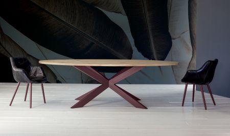 Table Daytona by Devina Nais