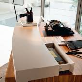 Desk Davinci by CATTELAN ITALIA