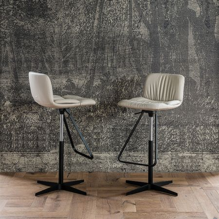 Stool Axel X by CATTELAN ITALIA