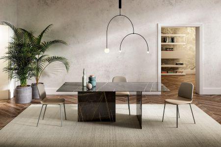 Table Stratum XGlass by LAGO